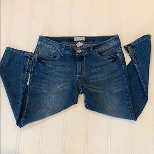 OP jeans Capris with hem line zippers